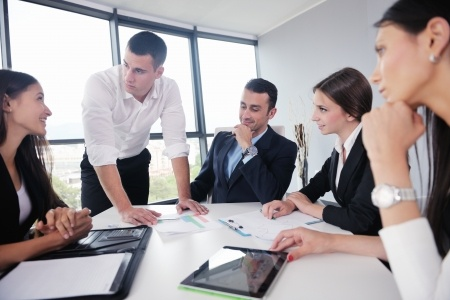 Providing Officers with Best Practices in selling Credit Risk